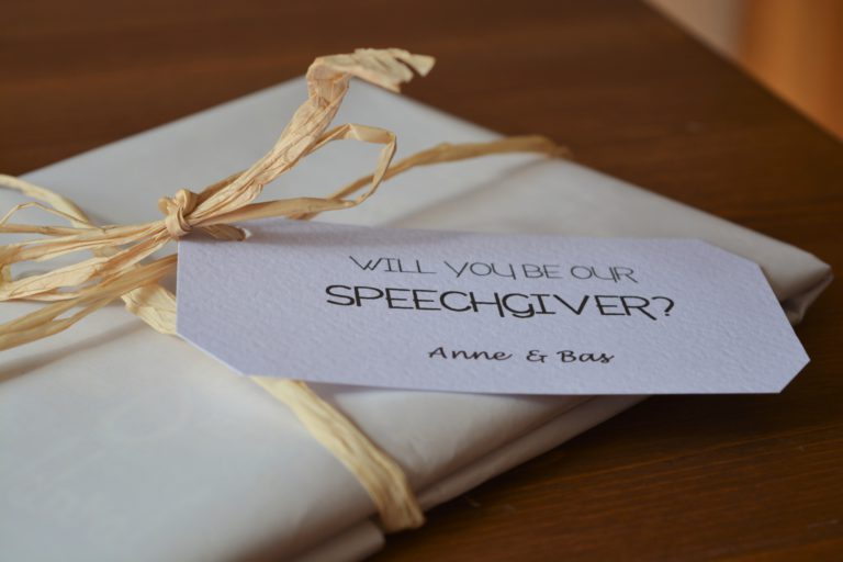 Bruiloftcadeau Speechgiver